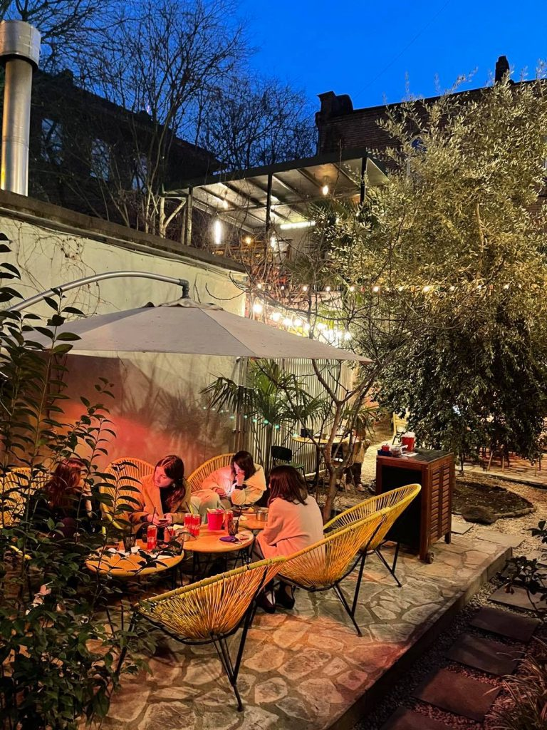 10 open cafes in Tbilisi